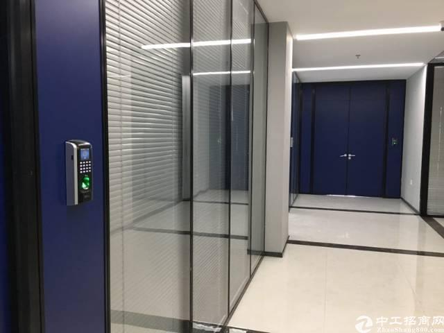 西乡固戍地铁口精装带家私办公室出租90平起租
