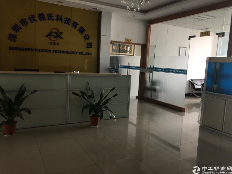 福永凤凰新出楼上整层1500平米带装修厂房出租