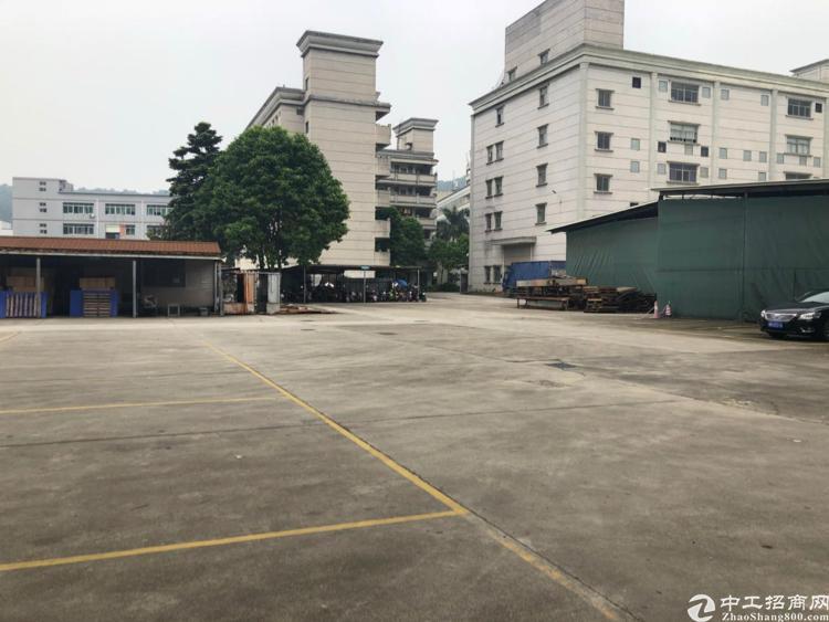 石岩北环路新出楼上3200平厂房招租-图4