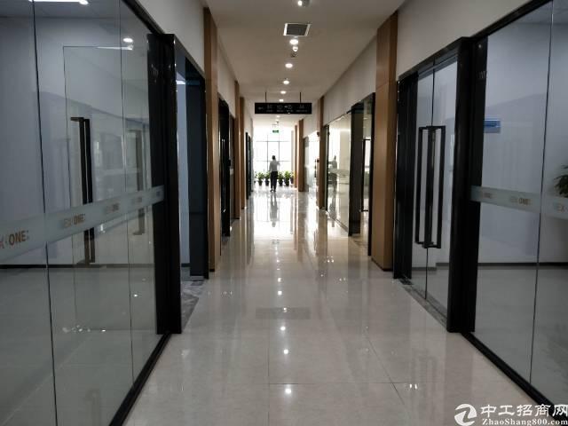 龙华汽车站对面3楼100-500平方,精装修