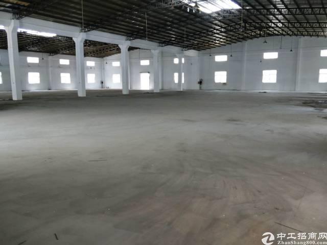 常平镇靠黄江新出独门独院厂房4000平方砖墙到顶