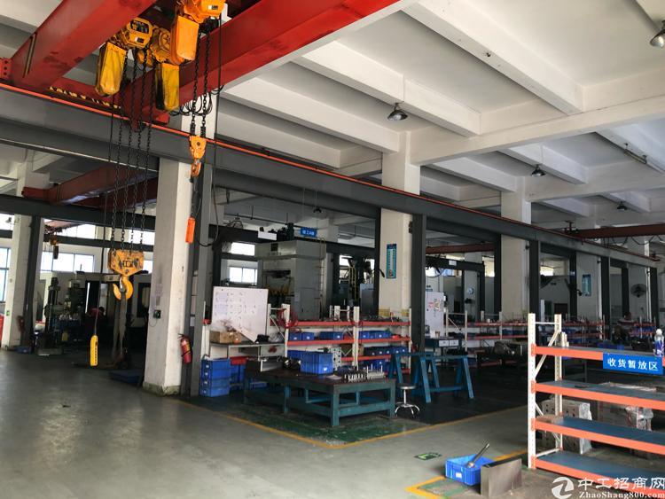 福永新出1楼整层1800平米带行车6米高厂房出租