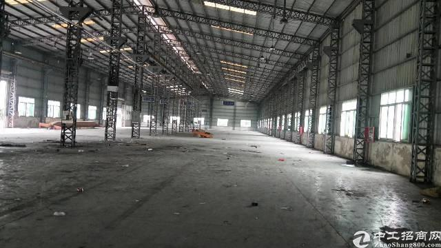 龙华新区12米高钢构5800平,空地超大