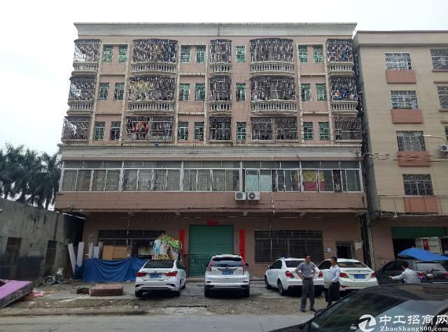 龙岗南联地铁口新出农民房,可以做公寓