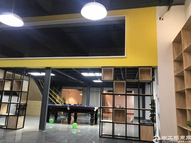 西乡固戍地铁口附近升级创意园2000平米大小可分租