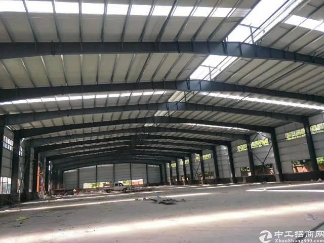 石碣大型工业园分租一栋砖墙到顶单一层2100㎡,滴水8米。
