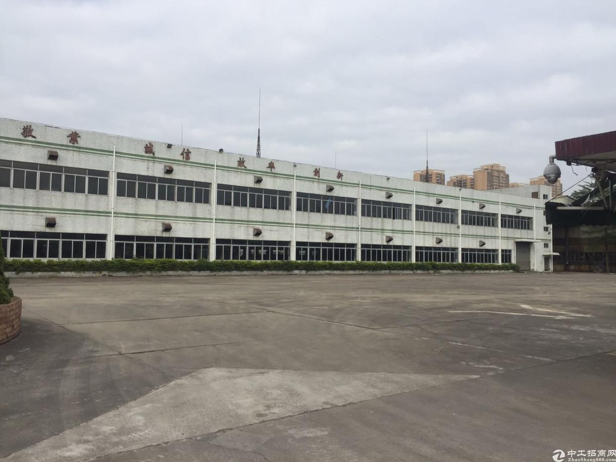 福永凤凰一楼整层5000平方,做仓库物流