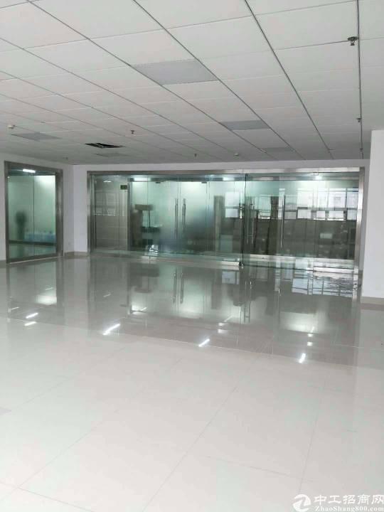 西乡新出800平厂房 办公+仓库+生产