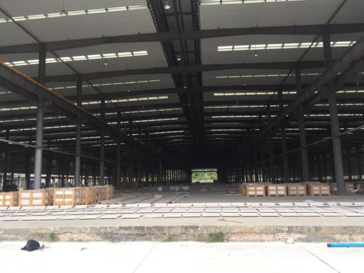 厦边钢结构厂房2000平方米