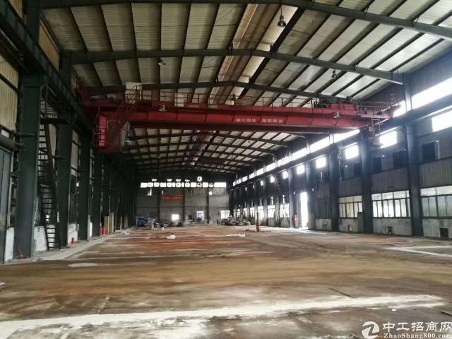 石岩主干道边大型钢构厂房7000㎡层高12米可分租