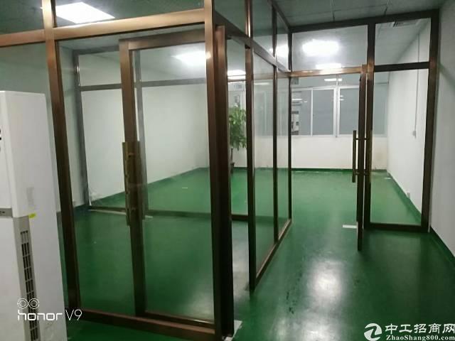公明原房东楼上1100平米精装修厂房无转让费