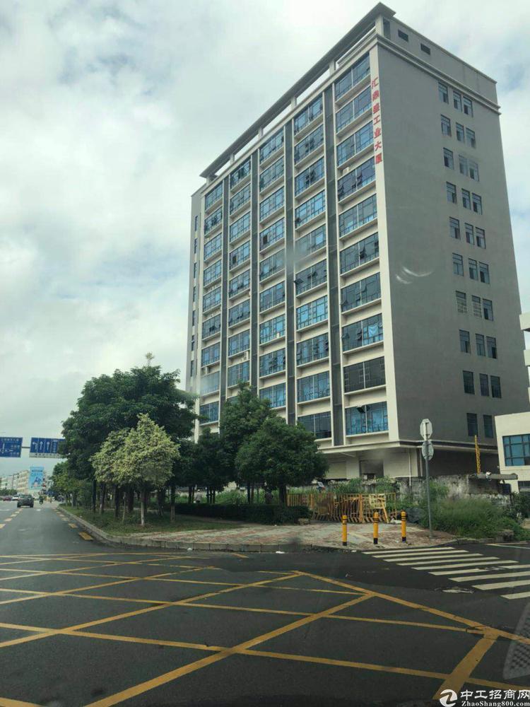 公明下村新出楼上400平米带现成装修
