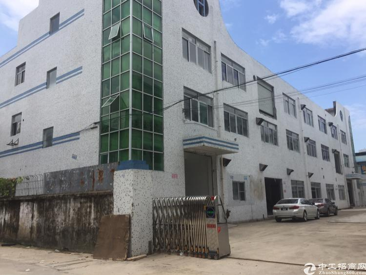 沙井庄村附近新出楼上400平方带装修厂房出租