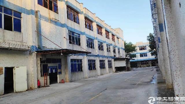 深圳宝安机场附近,黄田独门独院,两栋厂房,每栋1至3层