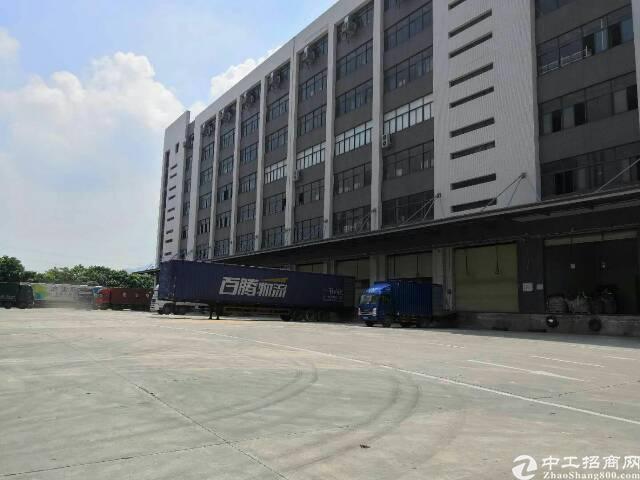 石岩塘头物流园楼上整层2500平方仓库出租,消防手续齐全