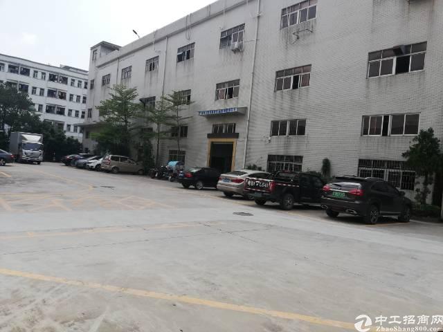 沙井大王山新出楼上整层1750平精装厂房出租