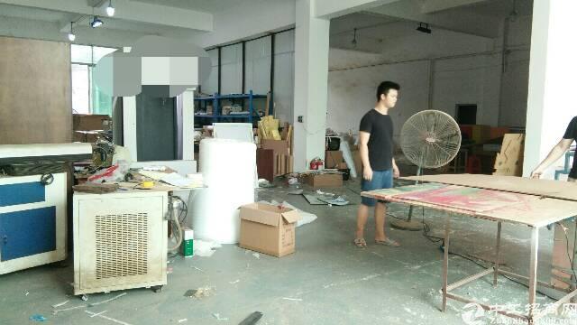 坪地标准厂房一楼420平米厂房出租