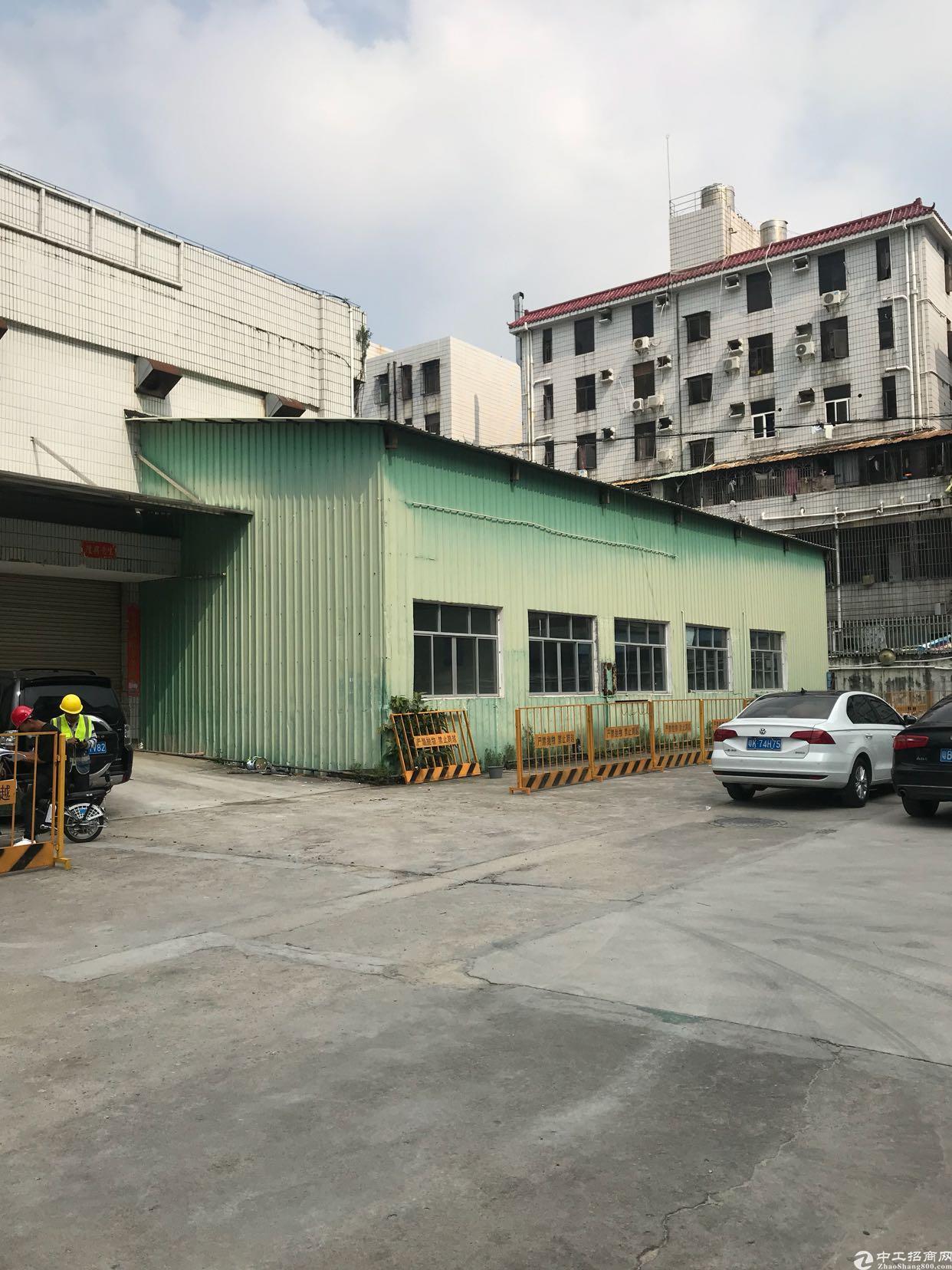 坂田五和地铁口有钢构2000平方高7米价格优惠