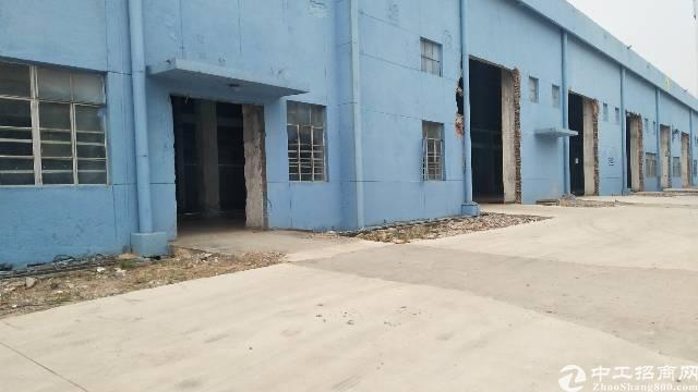 南城新区单层厂房仓库6000平方米招租