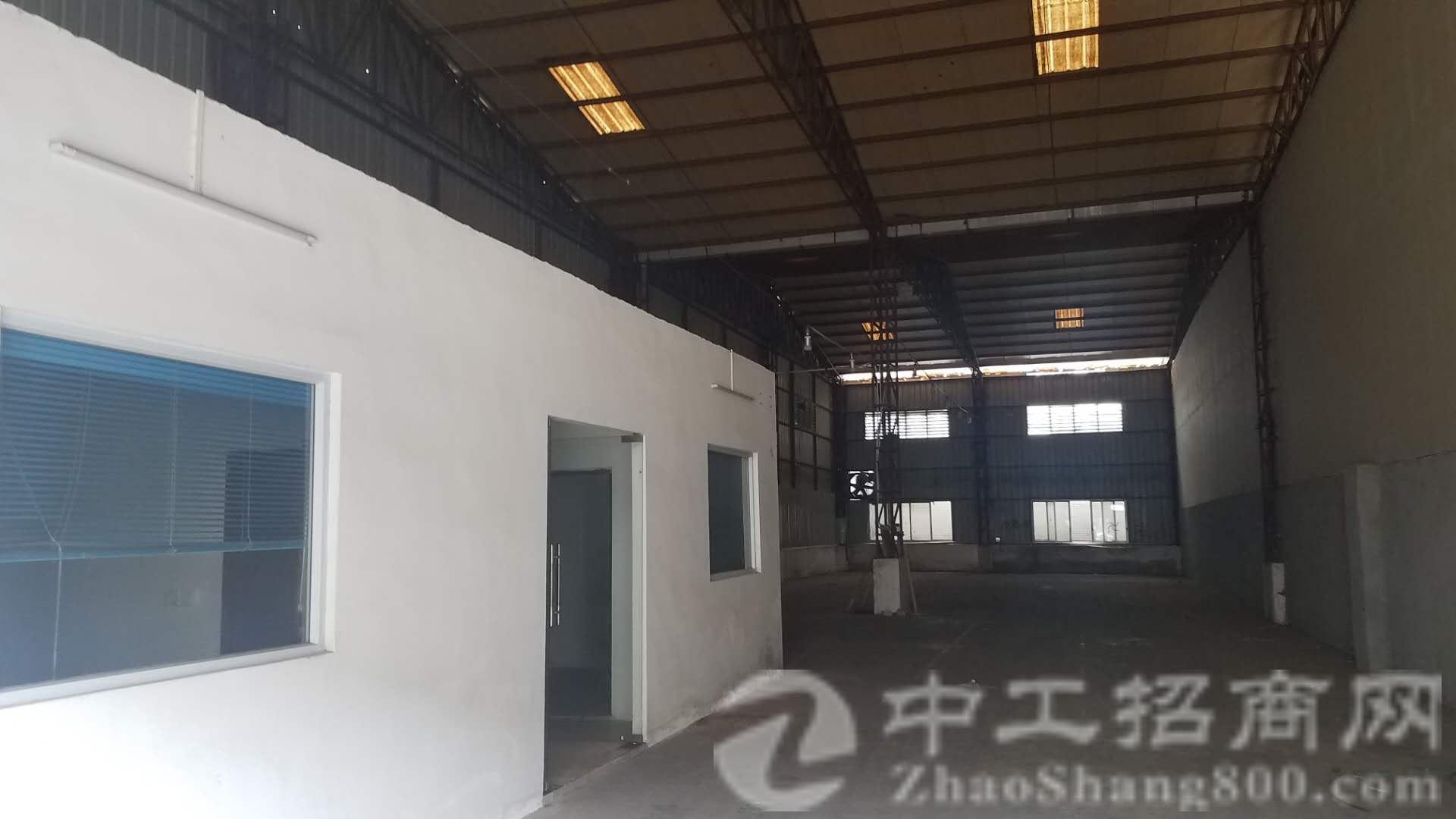 寮夏村单一层滴水7.5米到顶9米钢结构厂房1600方,可分租