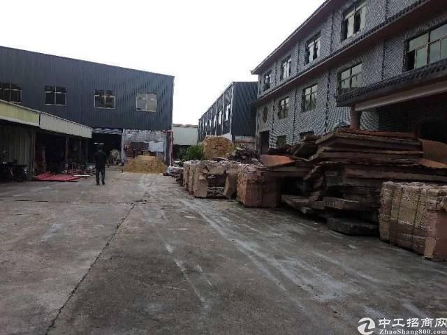 大岭山镇独栋钢构厂房3000平方