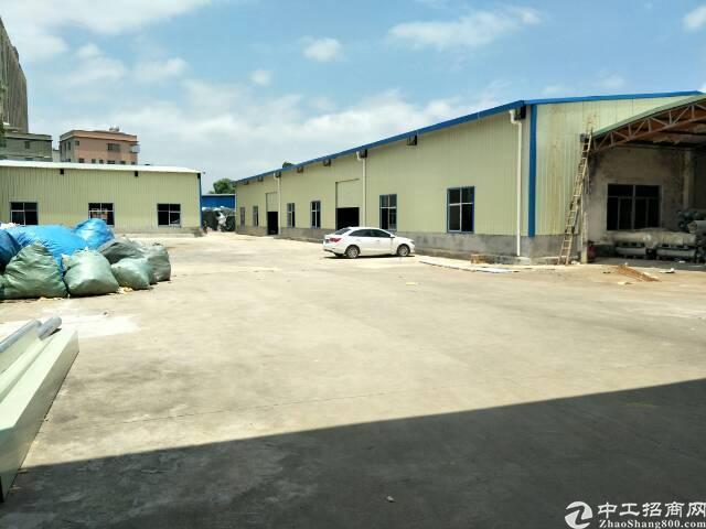 坪地高速路口附近独栋钢构厂房出租 面积3600平,报价18