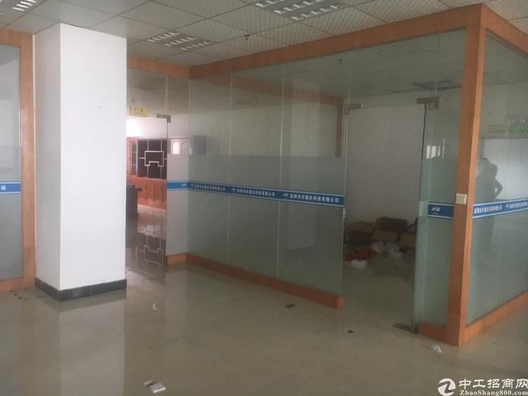 福永和平新出楼上1800平方厂房出租-图3