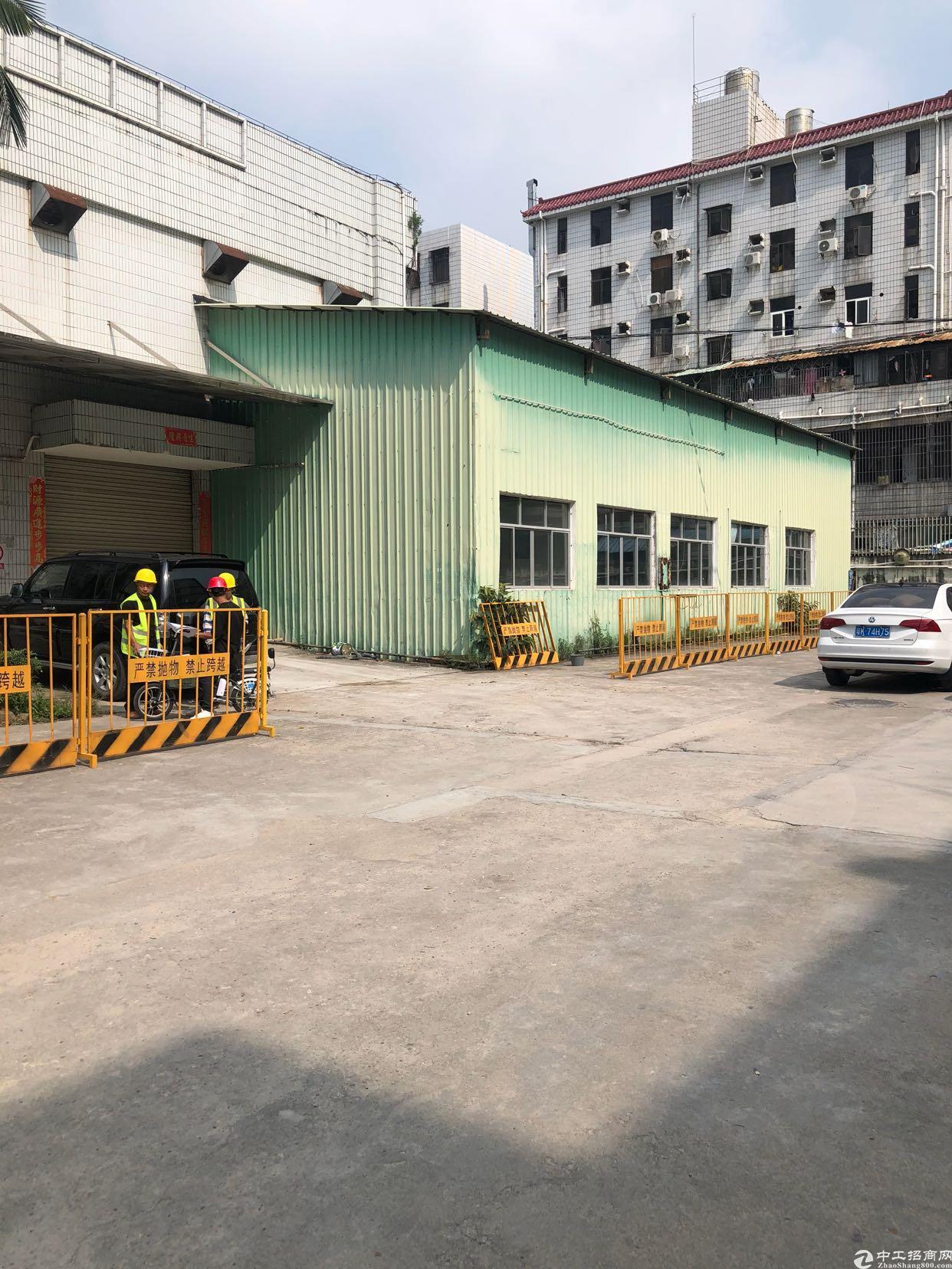 坂田五和地铁口一楼厂房出租层高8米