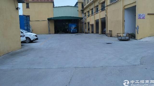 平湖红酒仓库出租2000平米,有消防喷淋,卸货平台