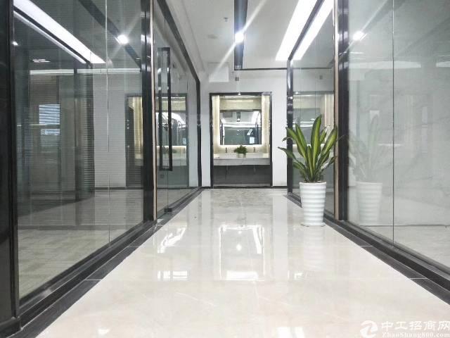 南山西丽阳光精装写字楼3万平米租金仅35/㎡