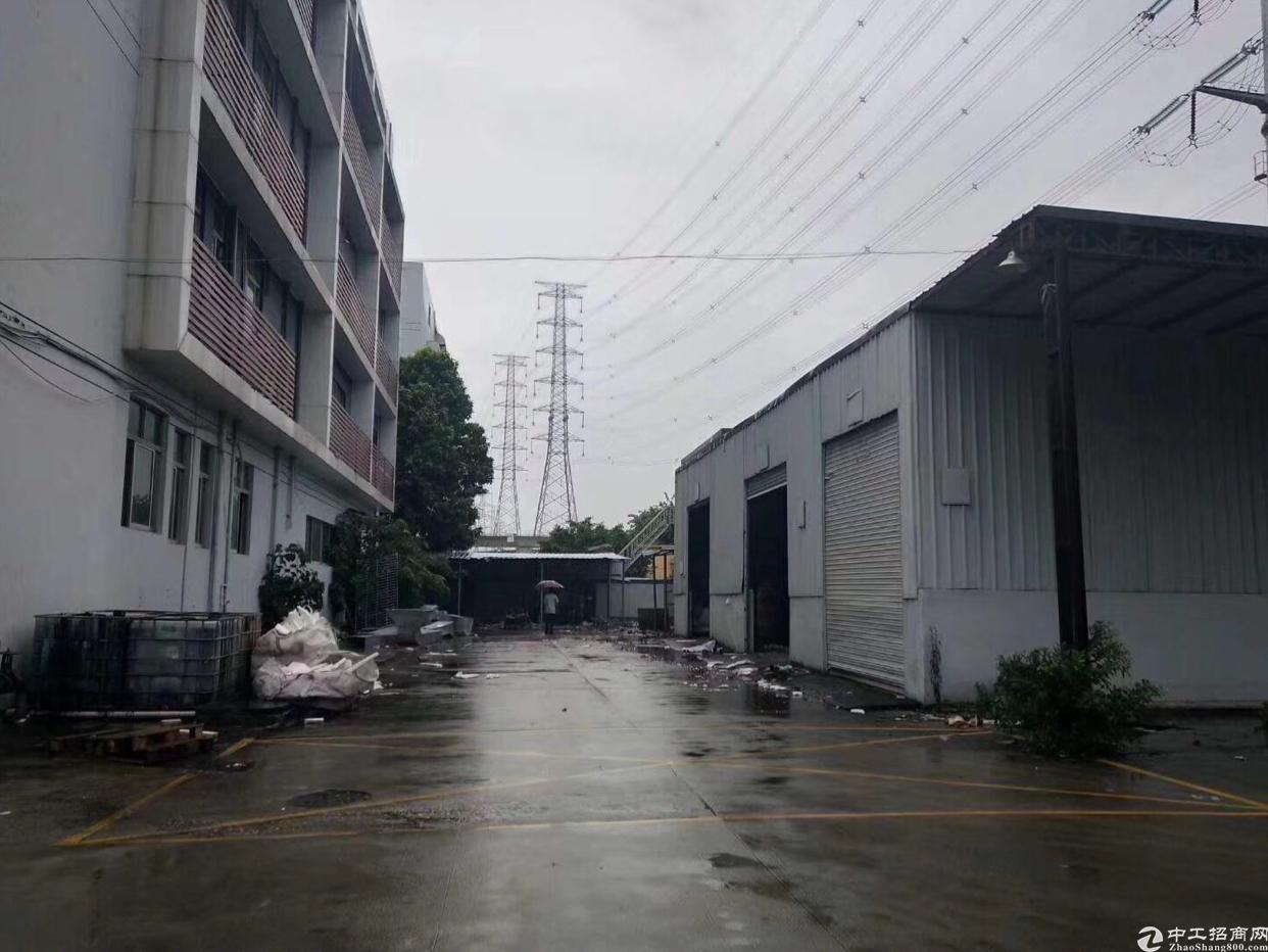 塘厦原房东独院厂房面积3000平,宿舍1500,单一层标准厂