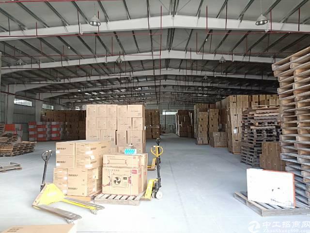 龙岗区平湖富民工业区单一层7米高钢构3000平方出租
