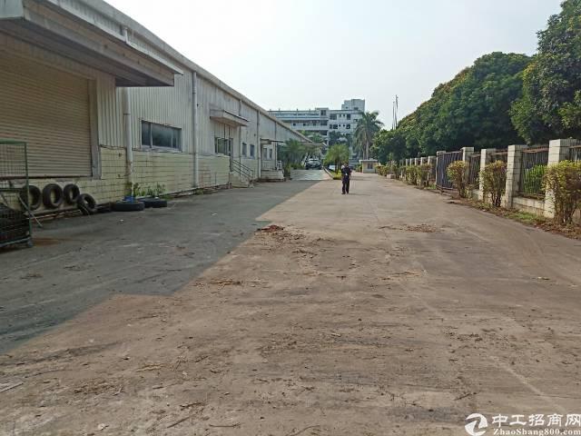 福永107国道边独门独院单层厂房7500平米可分租