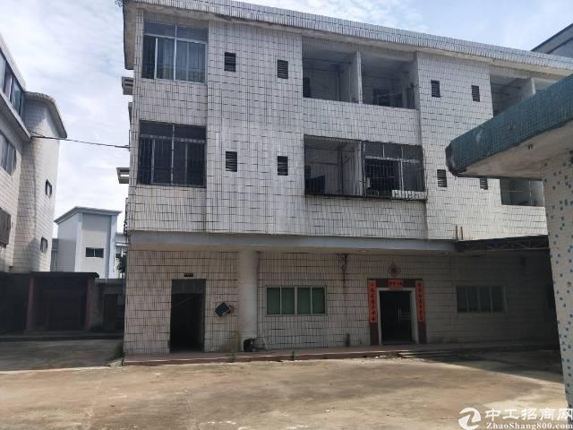 标准厂房3800,租金10元,宿舍1200带电梯交通便利