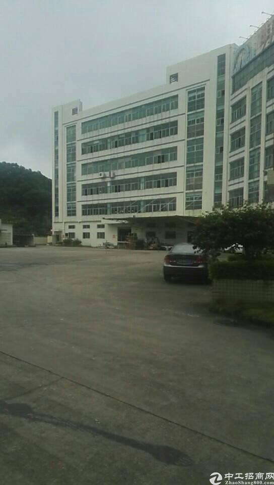 布吉联创科技园新出一楼395平标准厂房出租