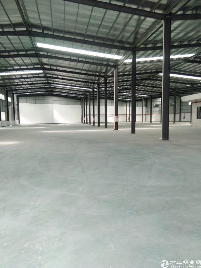 钢构厂房  面积1500平方  租13元 /平方