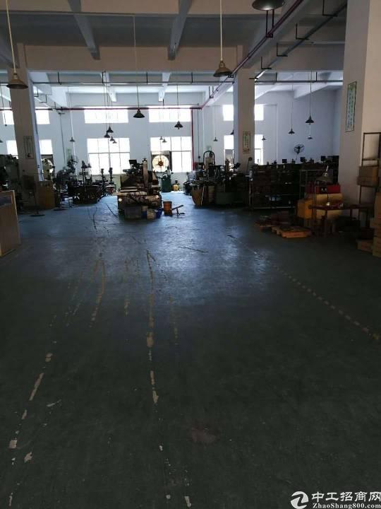 沙井新出楼上带装修厂房600平,有大气前台办公室,水电齐全,