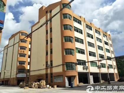 坂田华雅工业园新出一楼1500平方可分租