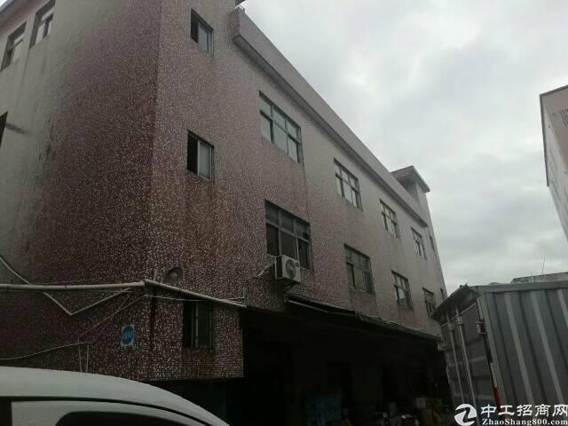 龙岗坪地楼上400平带装修独院厂房整层出租