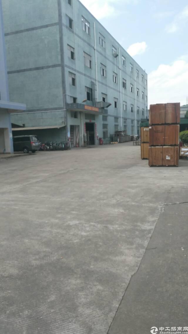 出售龙岗中心地段红本独门独院厂房。适合自用投资