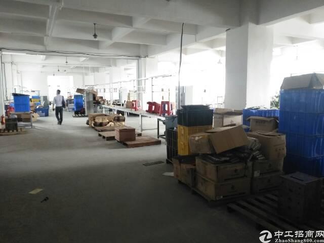 大型工业园二楼1200平方厂房低价招租