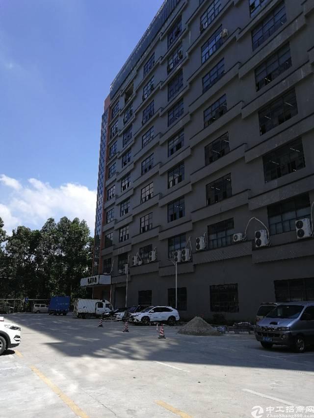 凤岗新出8楼400带装修水电齐全标准厂房