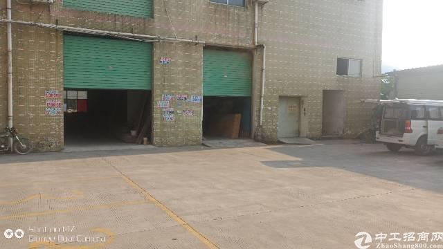 大岭山杨屋工业区内3楼厂房招租,有隔好办公室,面积1400平