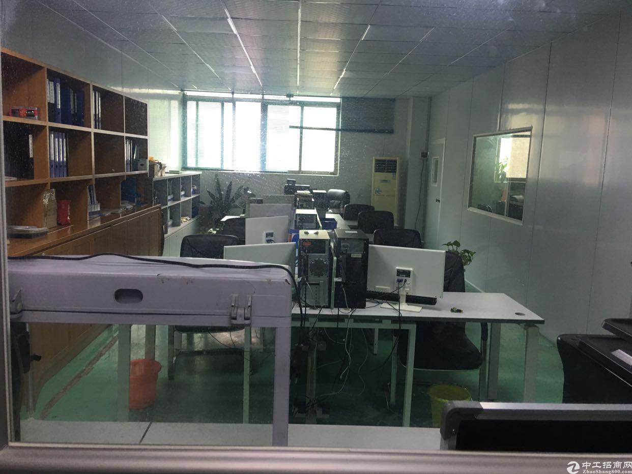 龙岗南联新出楼上650平带精装修标准厂房