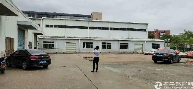 平湖华南城边转业物流仓库大小招租