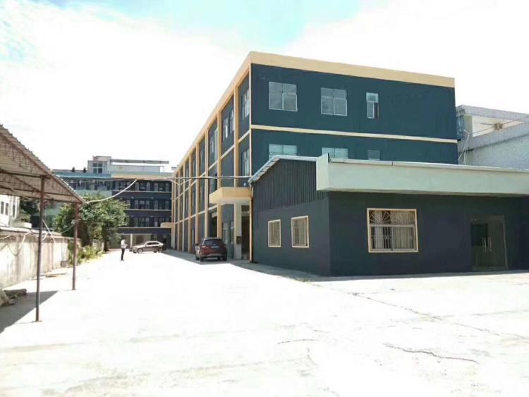 松岗松福大道靠地铁口新出独院厂房 1-3层3600平米