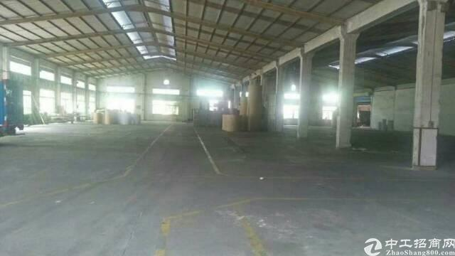 平湖钢构厂房2000平方米或空地大小招租