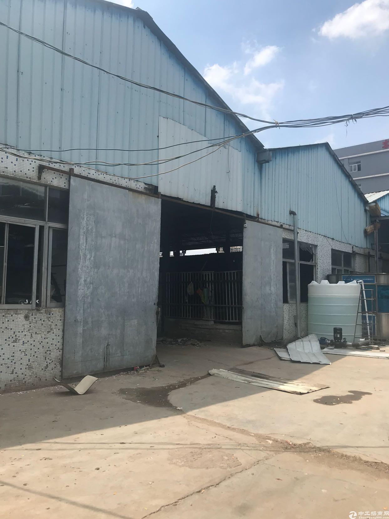 龙华汽车站附近新出独门独院单一层厂房2000平