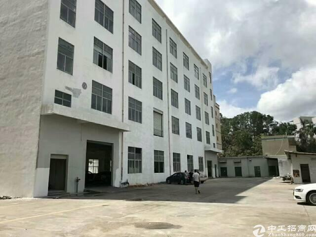 龙华区观湖街道工业红本厂房1-5层8500㎡宿舍720㎡/层