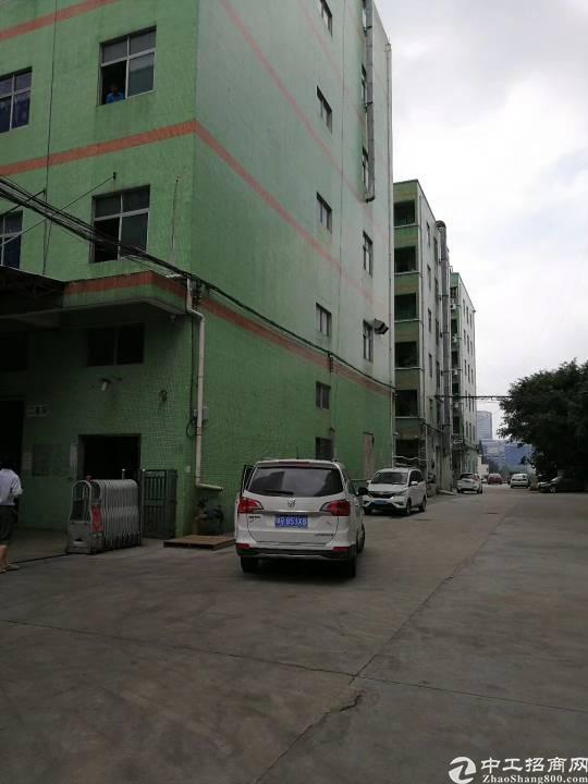 布吉新出红本独门独院带现成行车五层8400平厂房可分层出租